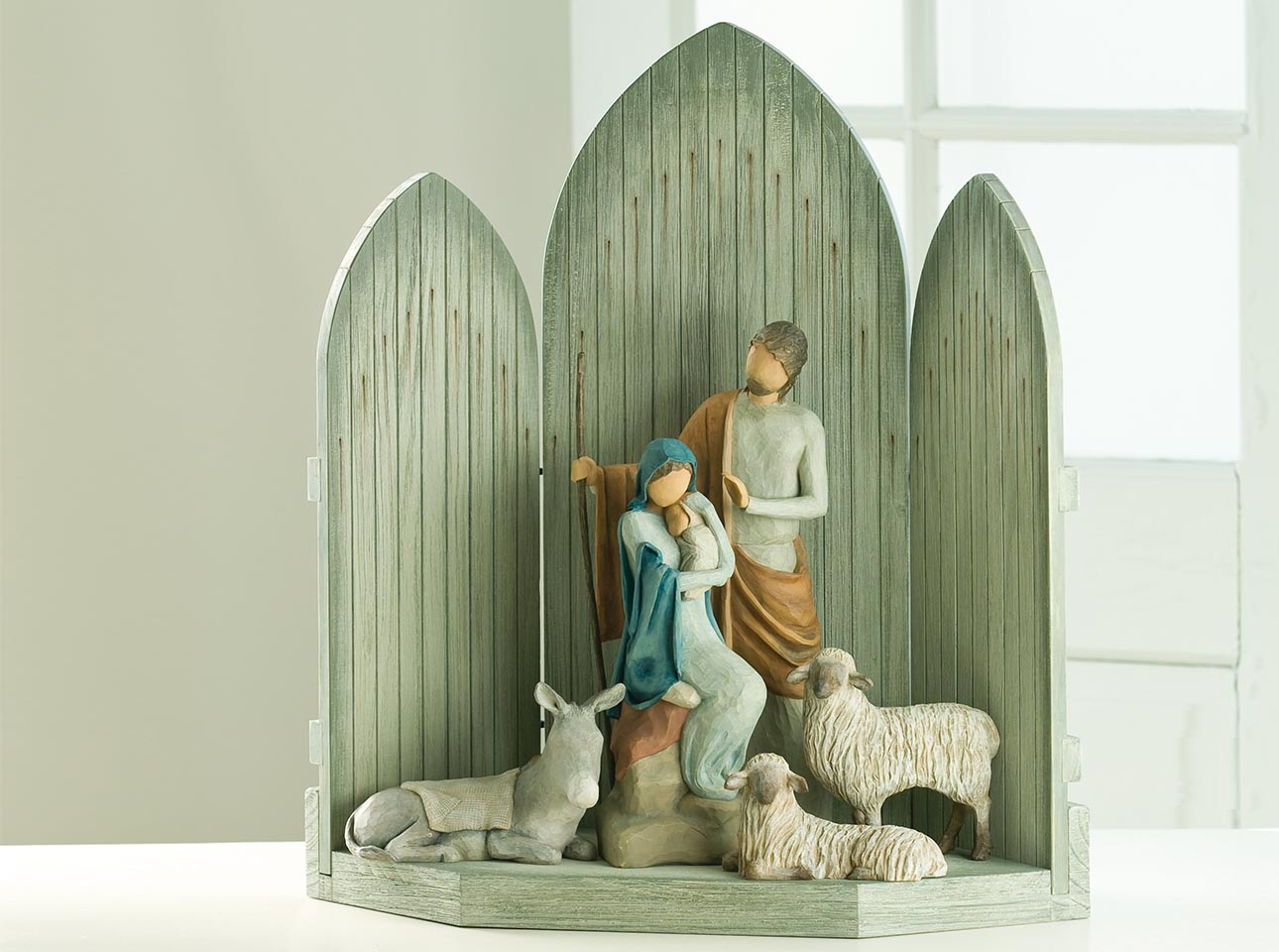 Hand-Sculpted Nativity Sets | Nativity Figurines | Willow Tree